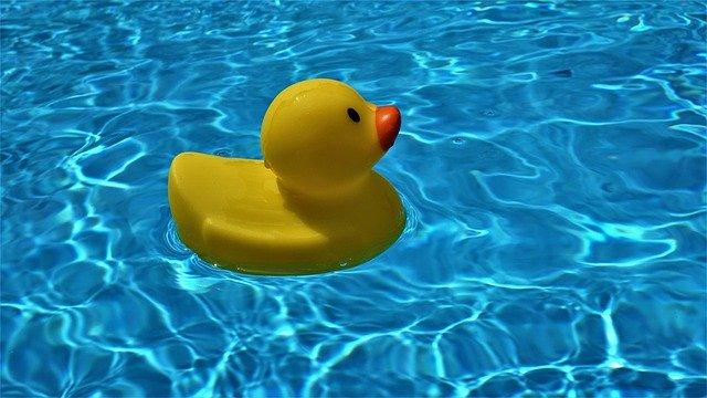 jak podgrzać wodę w basenie ogrodowym